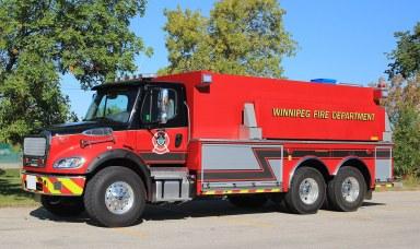 Winnipeg-tanker-001